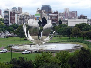 il fiore gigante di Buenos Aires